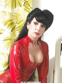 Red Retro Style