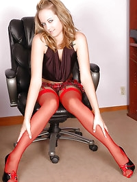 Darling looks elegant in red pantyhose