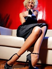 Hottest leggy MILF LilyWOW in nylon stockings and high heels