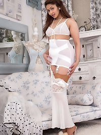 Mahina is new to vintage and retro so love the thrill of a..