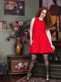 All natural redhead Amy C. is a British housewife with a..