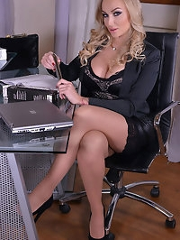 Hot CEO and Her SeXXXretary - Lesbian Office Affair