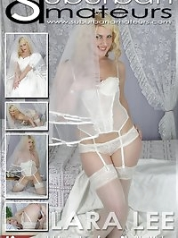 Lara Lee strips from her wedding dress to play in her..