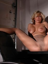 Blonde in nude pantyhose