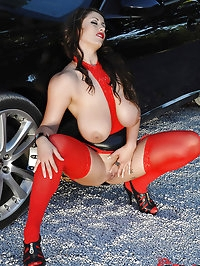 Eva Notty Is Naughty With Her 34J's