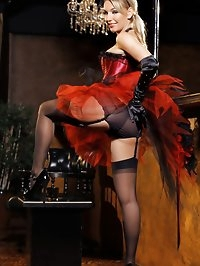 Busty blonde burlesque dancer shows she is even better at..
