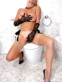 Sexy MILF Astrid in nude FFS stockings masturbates in the..