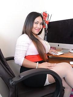 Miniskirt Porn